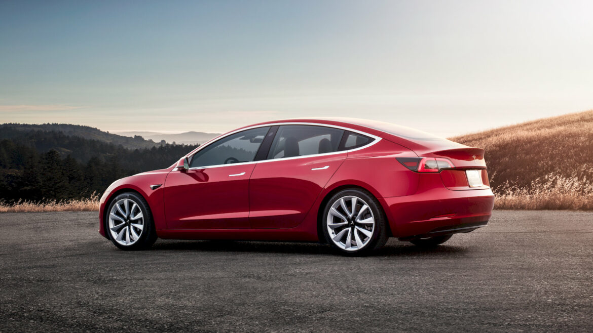 Tesla Model 3 en klachten NextMove