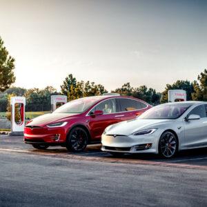 Tesla V3 Superchargers London Europa