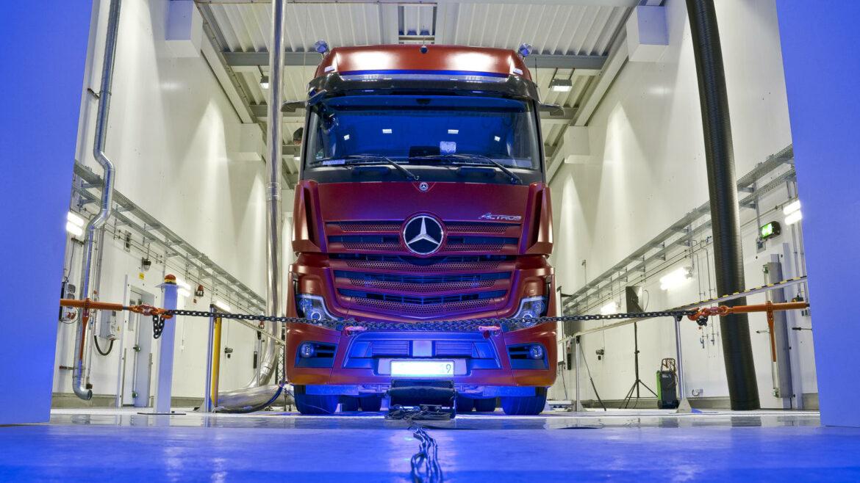 Mercedes Daimler testcentrum ontwikkelcentrum trucks
