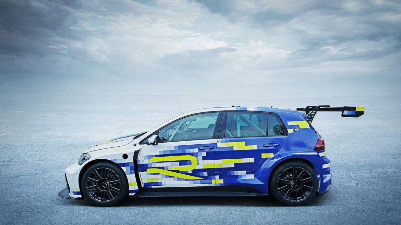 Volkswagen e-Performance Golf R