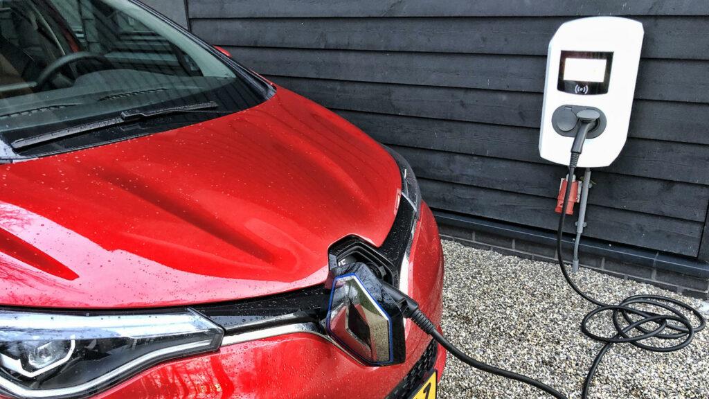 Renault Zoe thuis laden wallbox 22 kW