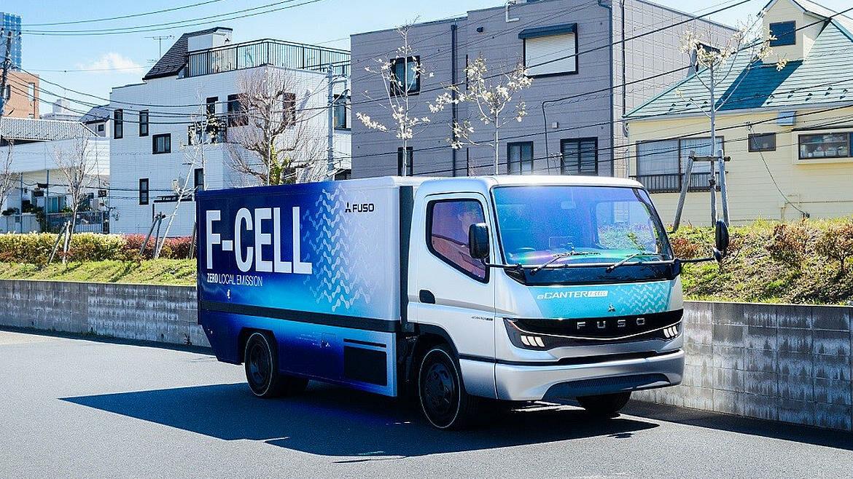 Mitsubishi Fuso eCanter Fcell waterstoftruck brandstofcel
