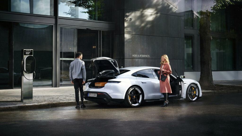 Porsche gaat ook Destination Charging aanbieden