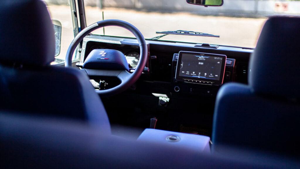 Tazzari Land Rover Defender elektrificeren elektromotor