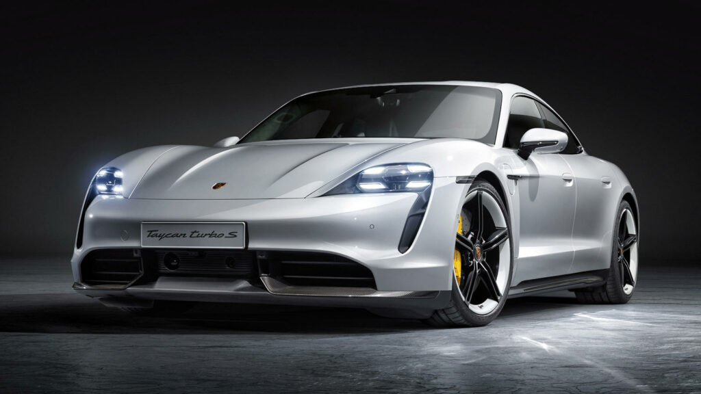Porsche Taycan model 2021