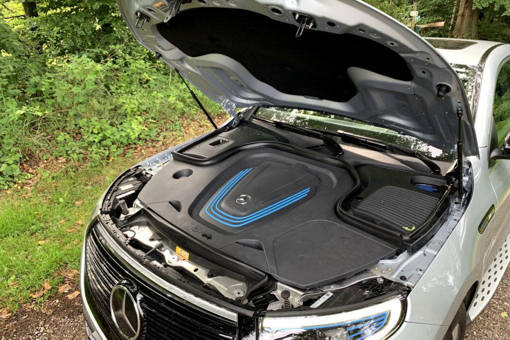 Mercedes EQC duurtest geen frunk