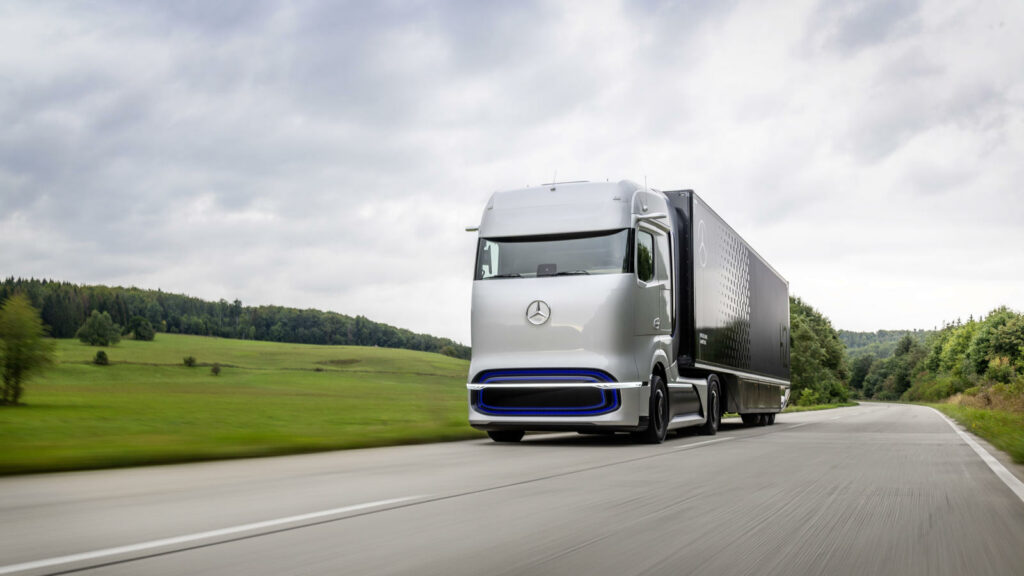 Daimler Mercedes-Benz GenH2 waterstoftruck