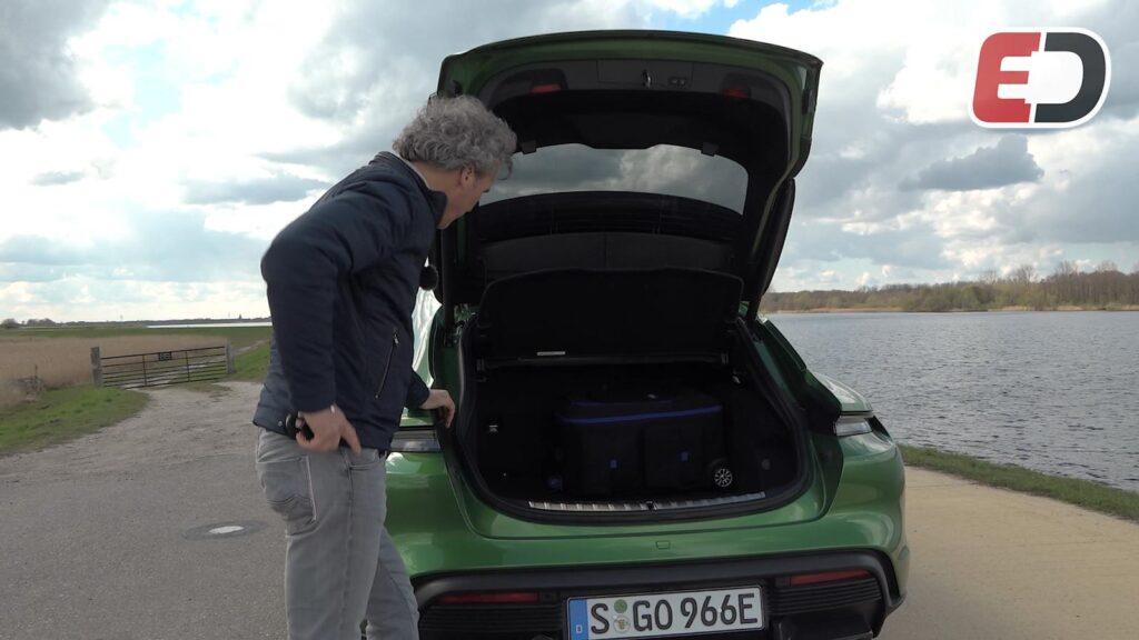 Porsche Taycan Cross Turismo kofferbak ruimte