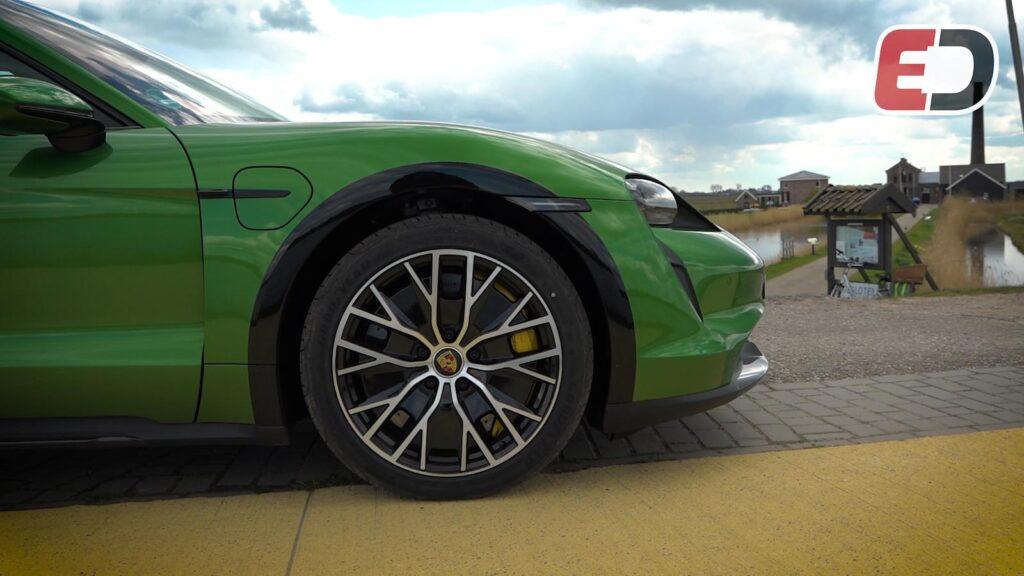 Porsche Taycan Cross Turismo test review
