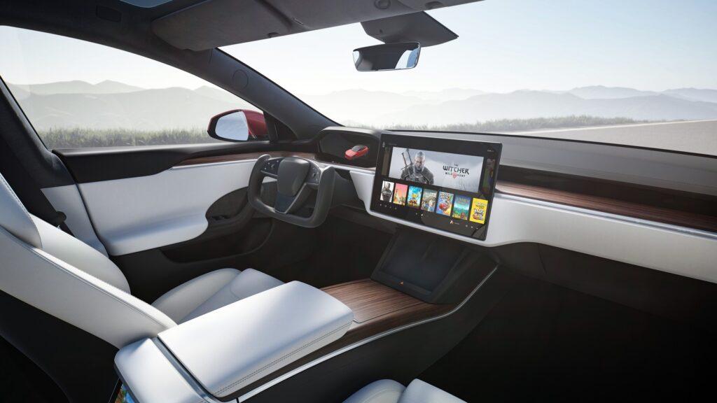 Tesla Model S Plaid dashboard