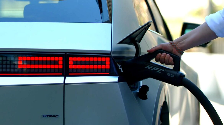 elektrische auto snelladen 800 volt