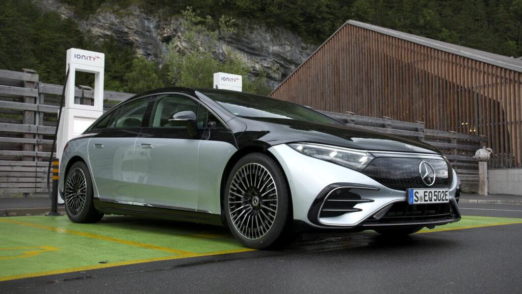 Mercedes EQS rijtest