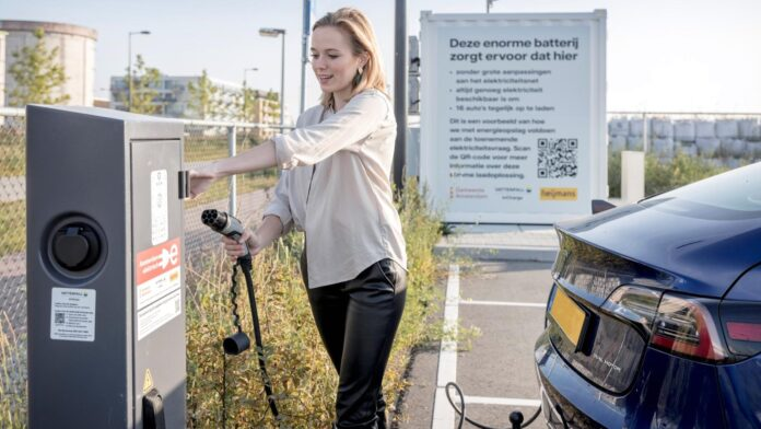 Vattenfall Amsterdam test bufferaccu laadpalen