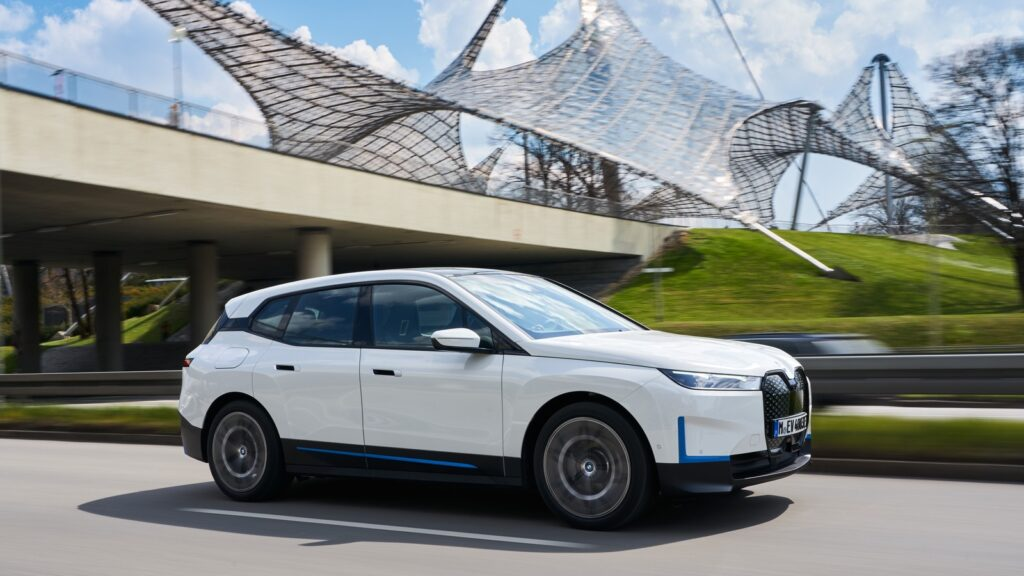 BMW iX in München